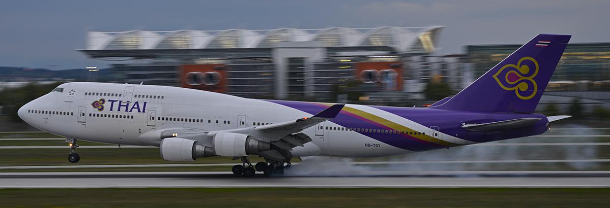 HS-TGJ - Thai Airways - Boeing 747