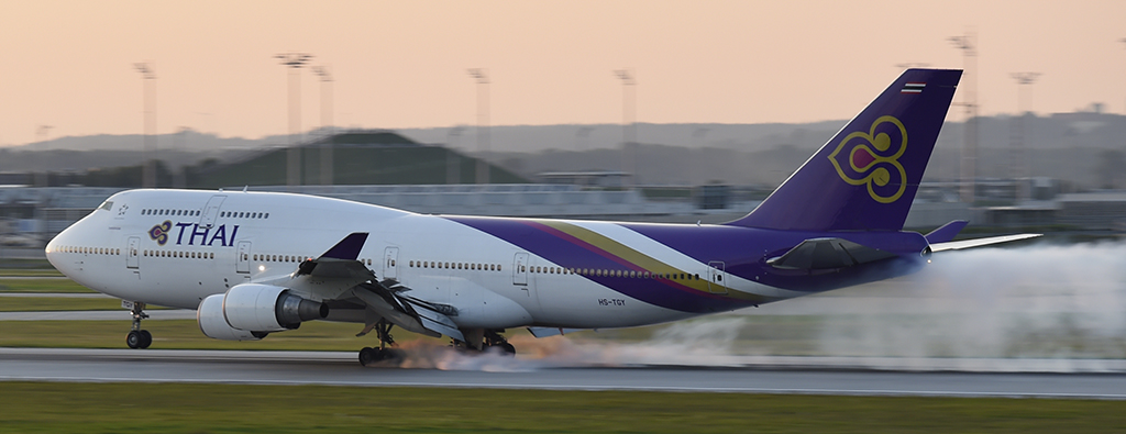 HS-TGY - Thai Airways - Boeing 747