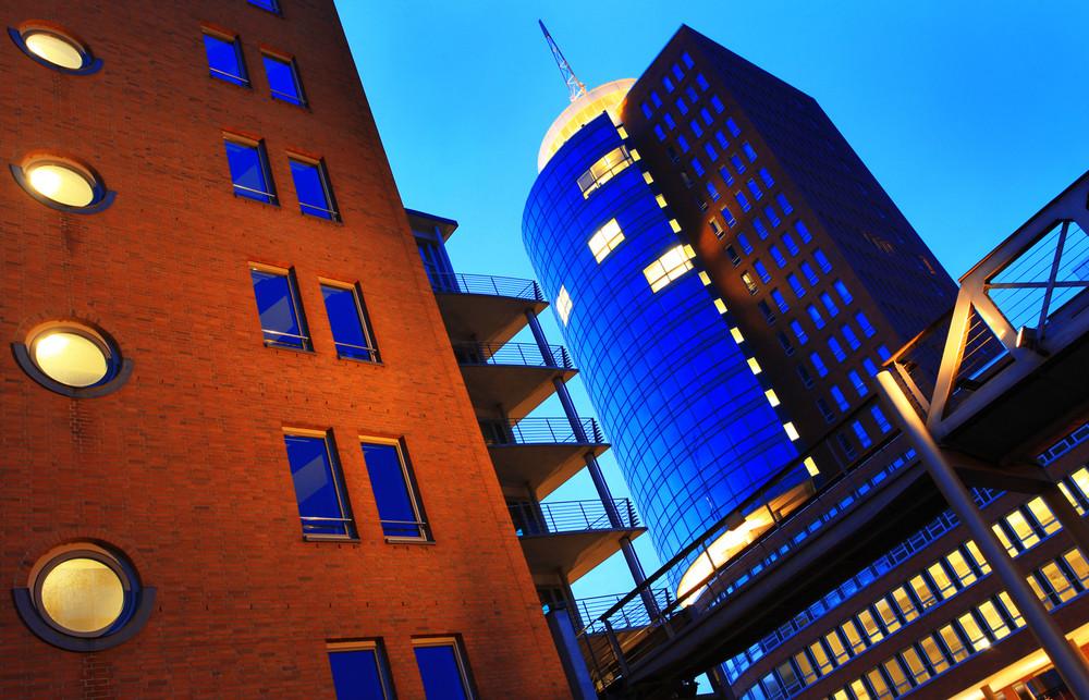HTC in blau