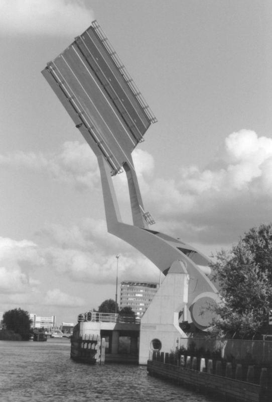 Hubbrücke in Holland