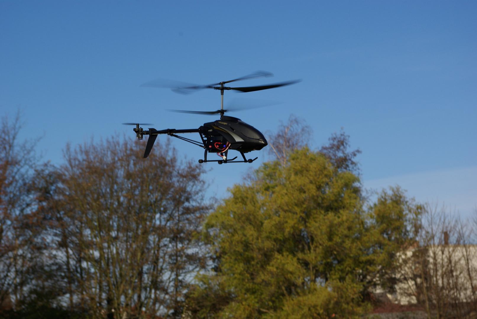 Hubschrauber im Herbst