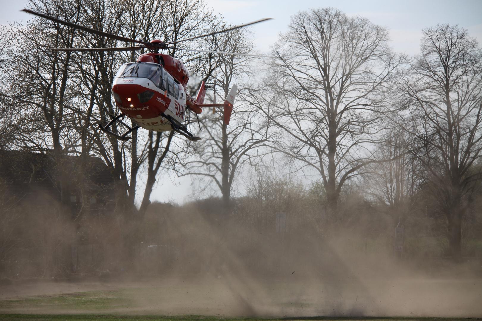 Hubschrauber im Schatten