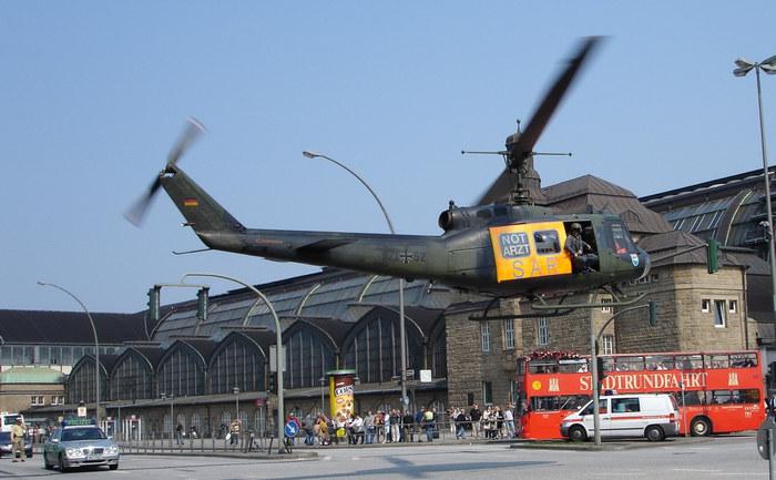 Hubschrauber in der Stadt