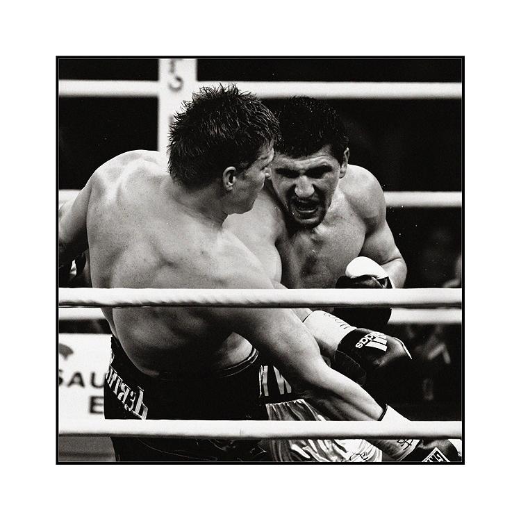 Huck vs Povetkin: Entschlossener Angriff