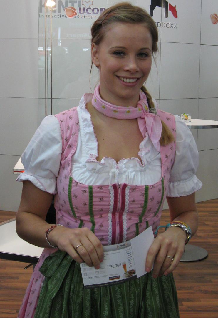 Hübsches Girl in Bayern Tracht