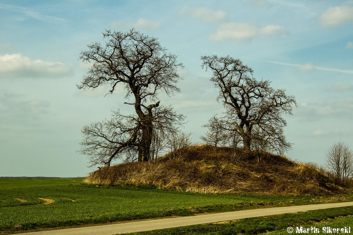 Hügelgrab bei Silmenitz