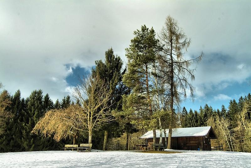 Hütte am Griessee im Winter