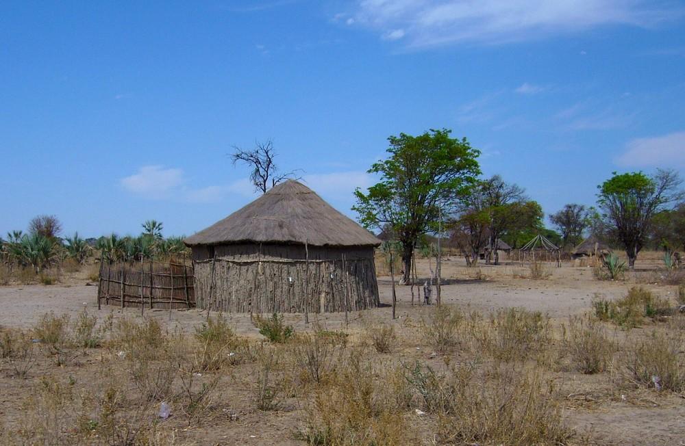 Hütte im Okavangodelta