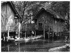 Hütten im Tümpel
