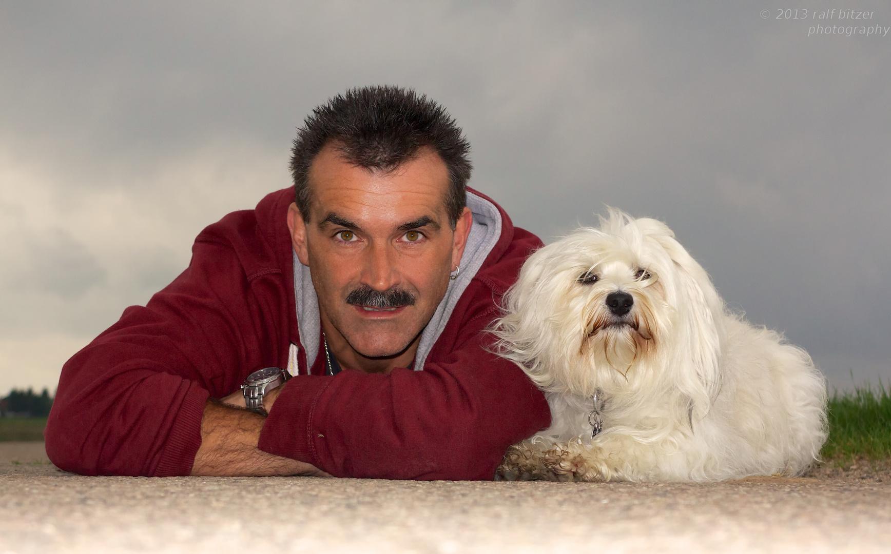 Hund mit Besitzer