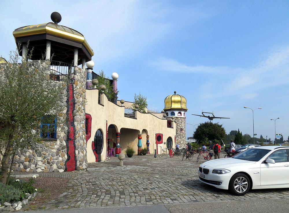 Hundertwasser Markthalle Altenrhein