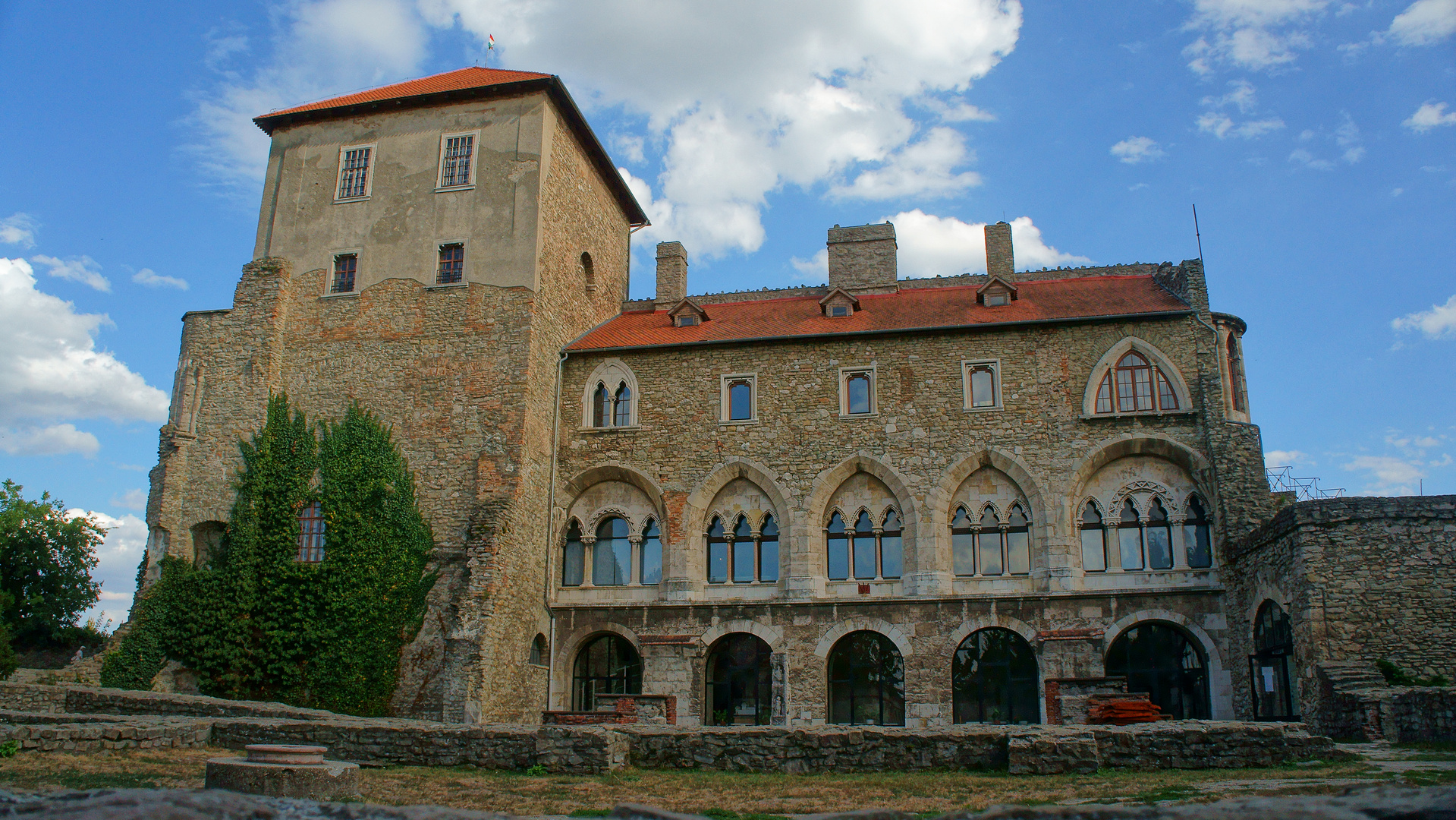 Hungary Tata Burg