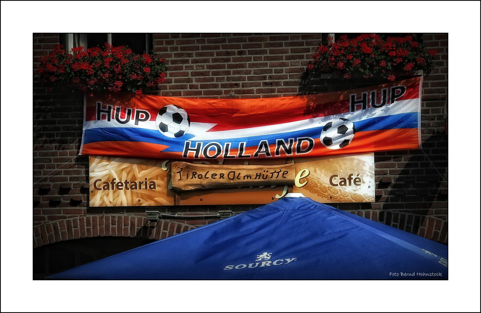 Hup ... Holland ... Hup  3 : 1