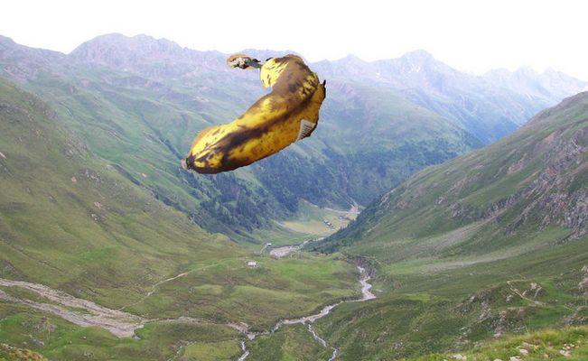 HUUUUUUUUCH??? Ne' fliegende Banane!?