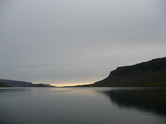 Hvalfjörður im Juni 2009