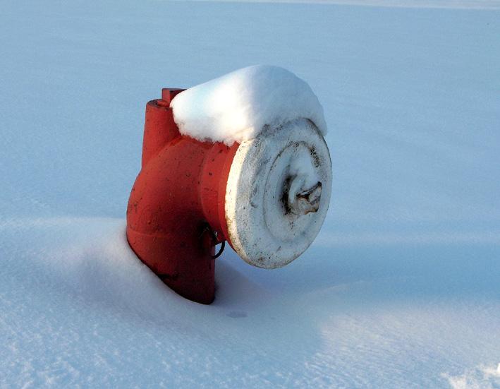 Hydrant mit Schneemütze