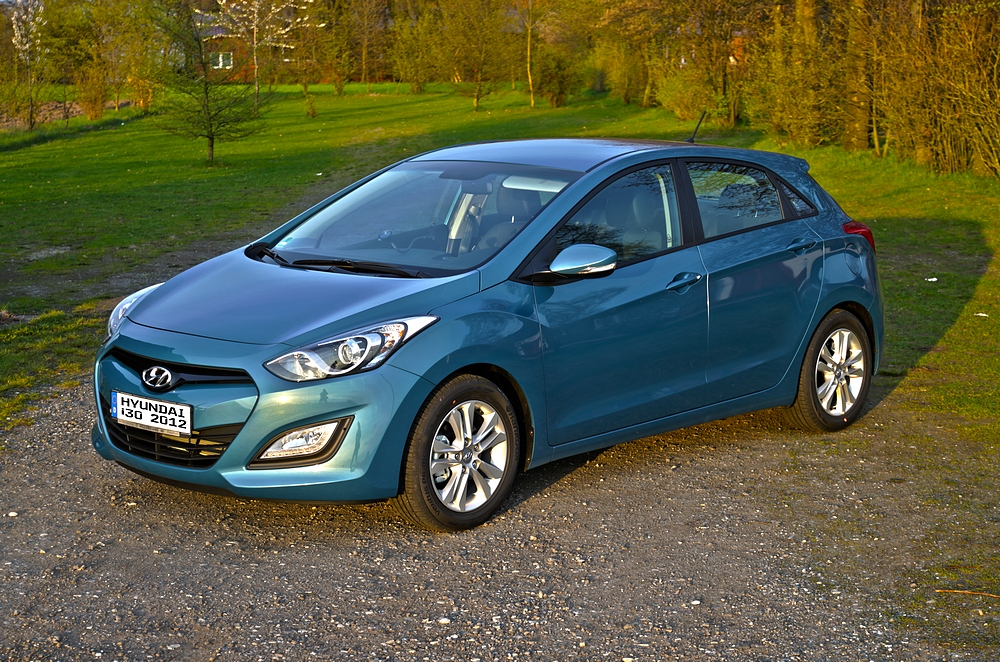 Hyundai i30 - 2012 - Intro Edition - Aqua Blue (HDR)