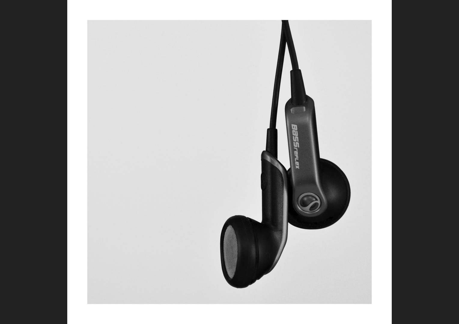 I can hear music*