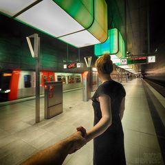 I Follow You: U4 Station Hafencity Universität