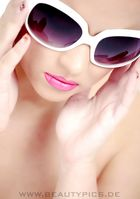 I love Sunglasses :)