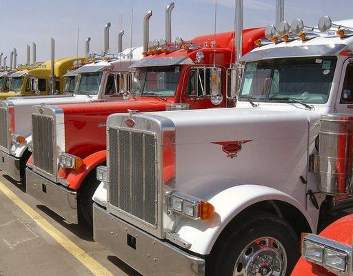 i love trucks..