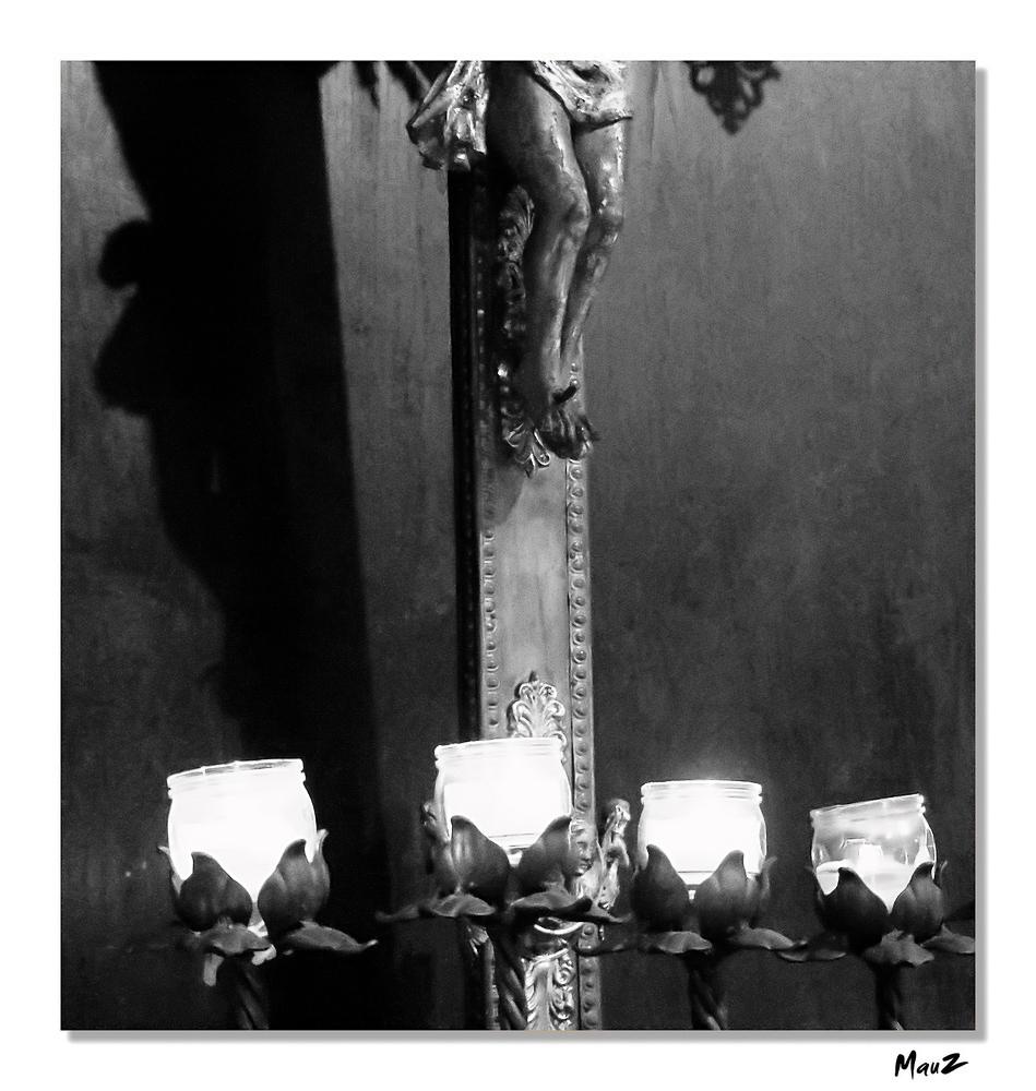 .. I piedi del Cristo... (versione B/N)