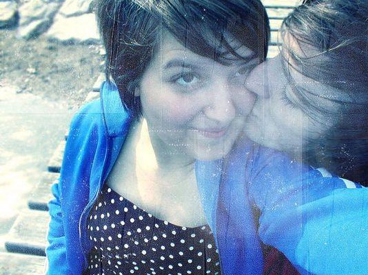 i wanna kiss you every minute, every hour, every day ...