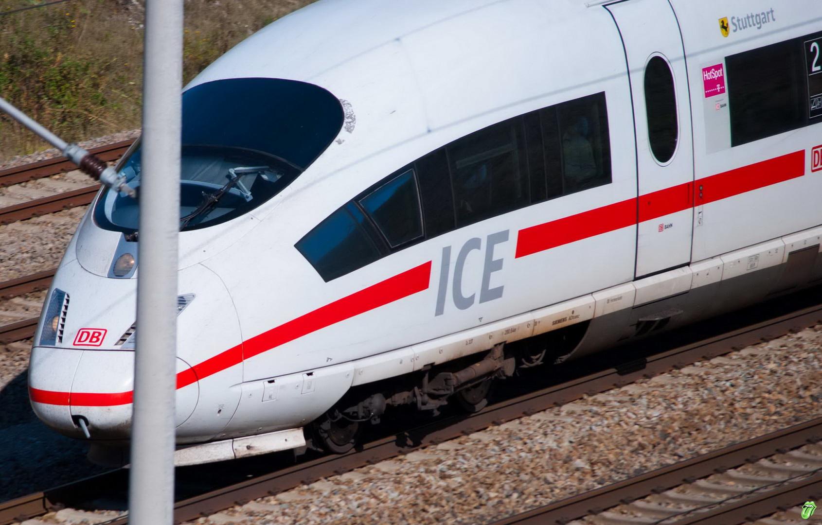 ICE 3 mit 200 Km/h