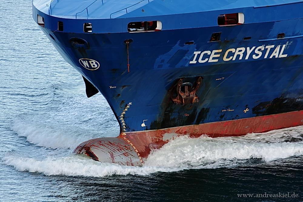 ... ICE CRYSTAL ...