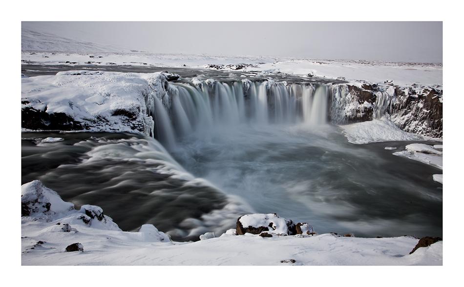 Ice-Fall Godafoss