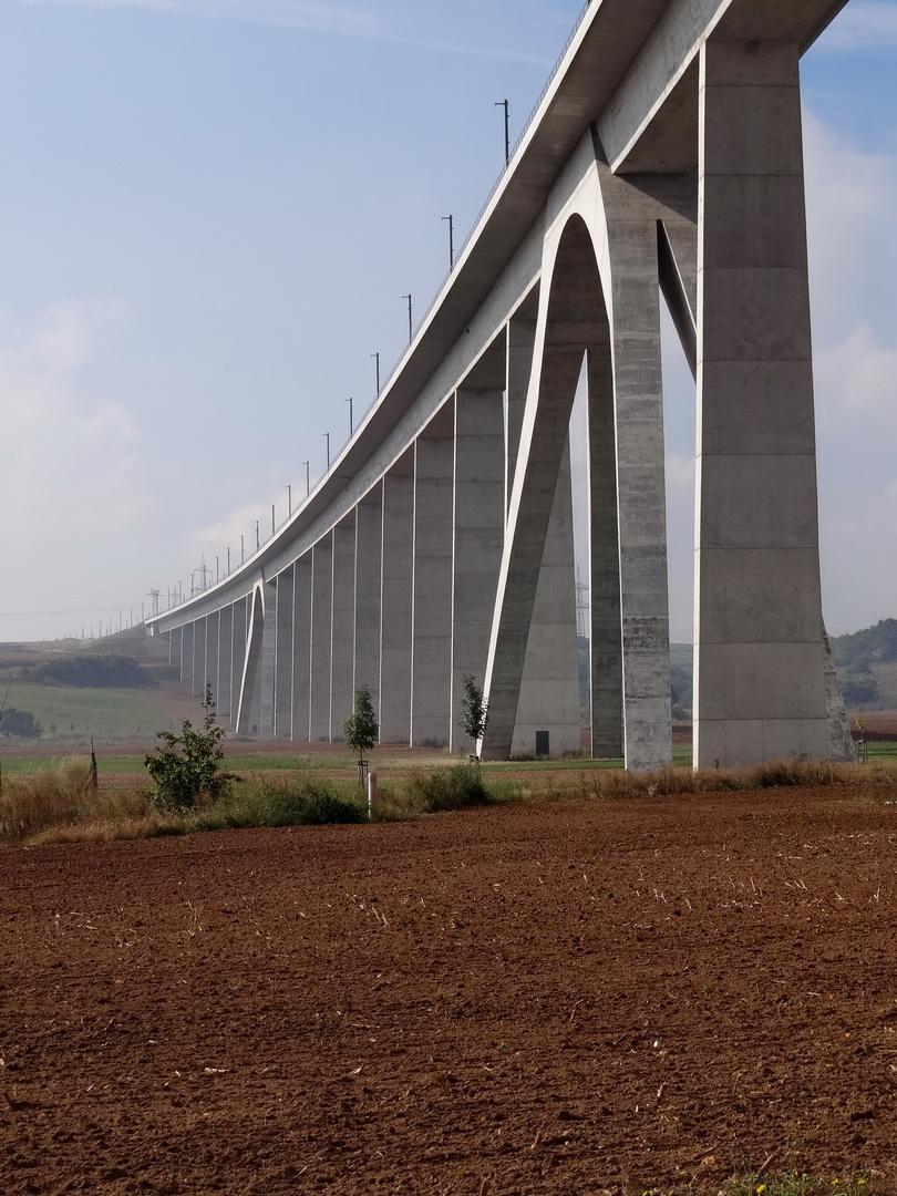 ICE Trasse Brücke Unstruttal