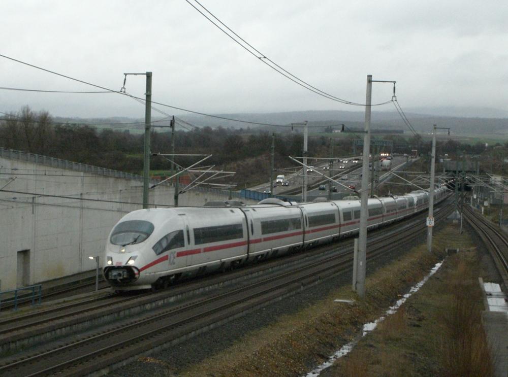 ICE3 auf der Schnellfahrstrecke Frankfurt(Main) - Köln