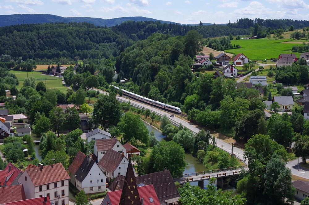 ICE3 im Neckartal