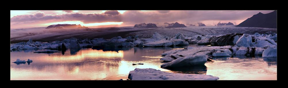 --- ICELAND ---