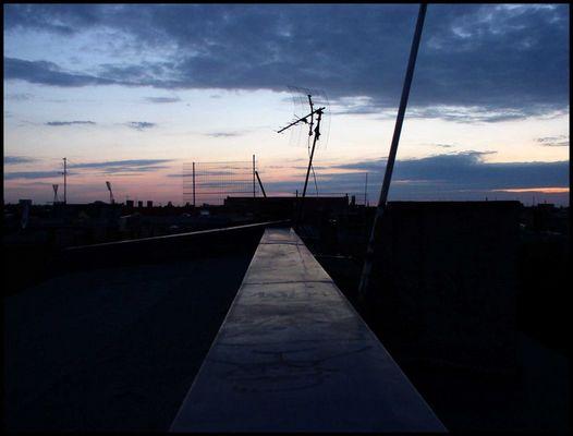 ich auf dach...abends.