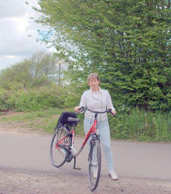 Ich Irena auf Radtour