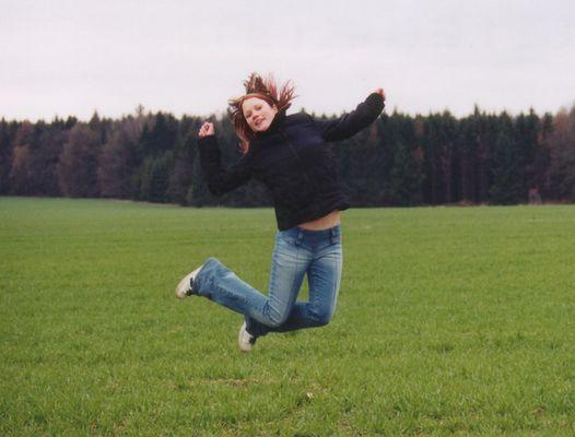 Ich spring grad über ein Feld