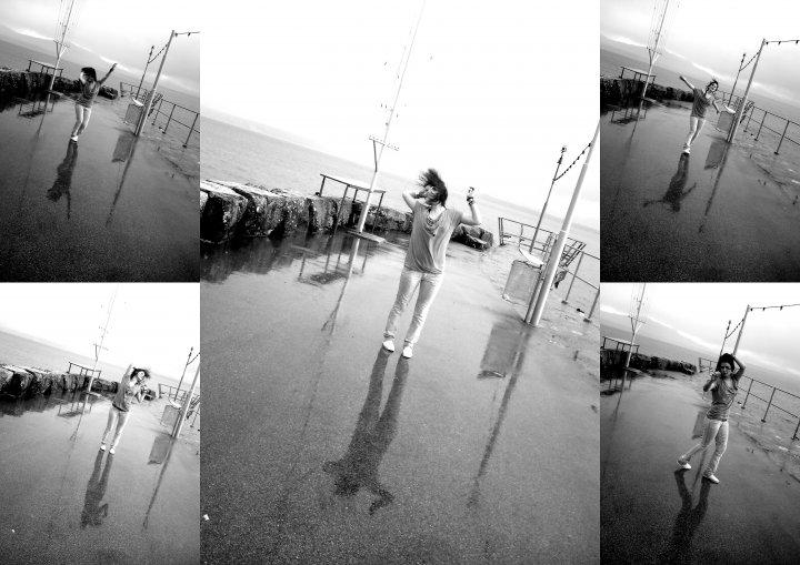 Ich tanz' im Regen weils mir Spaß macht.