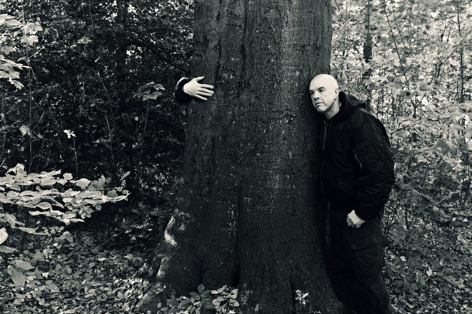Ich und mein Freund der Baum :-))