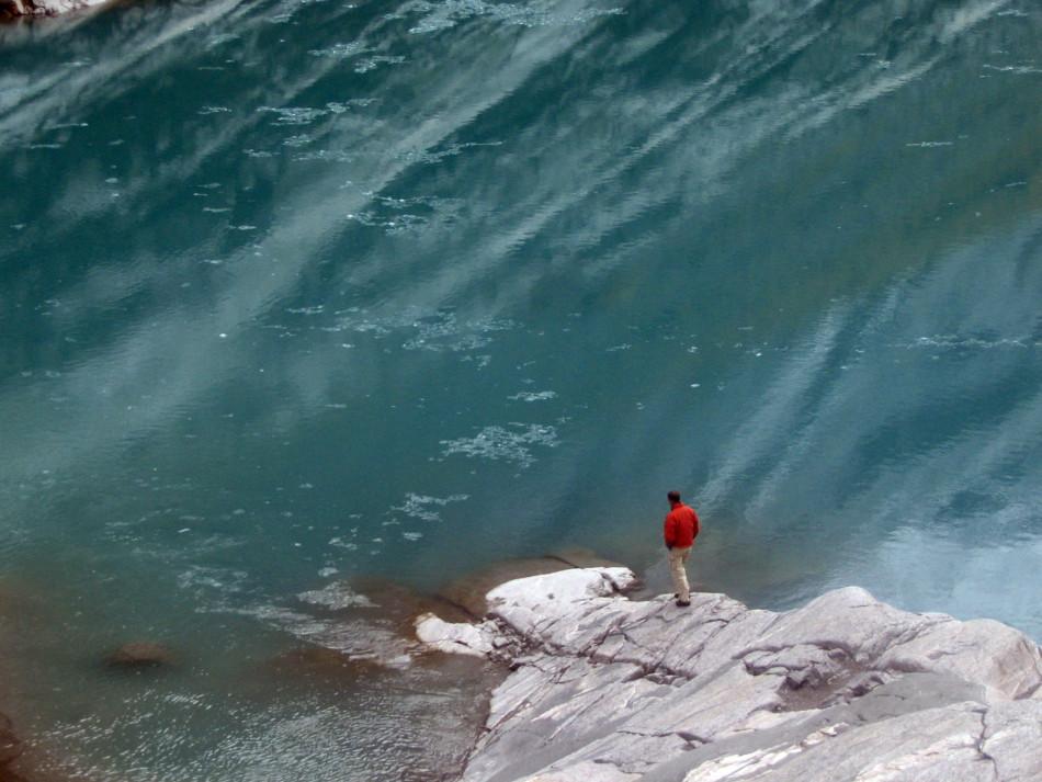 Ich vor einem Gletschersee in Norwegen...