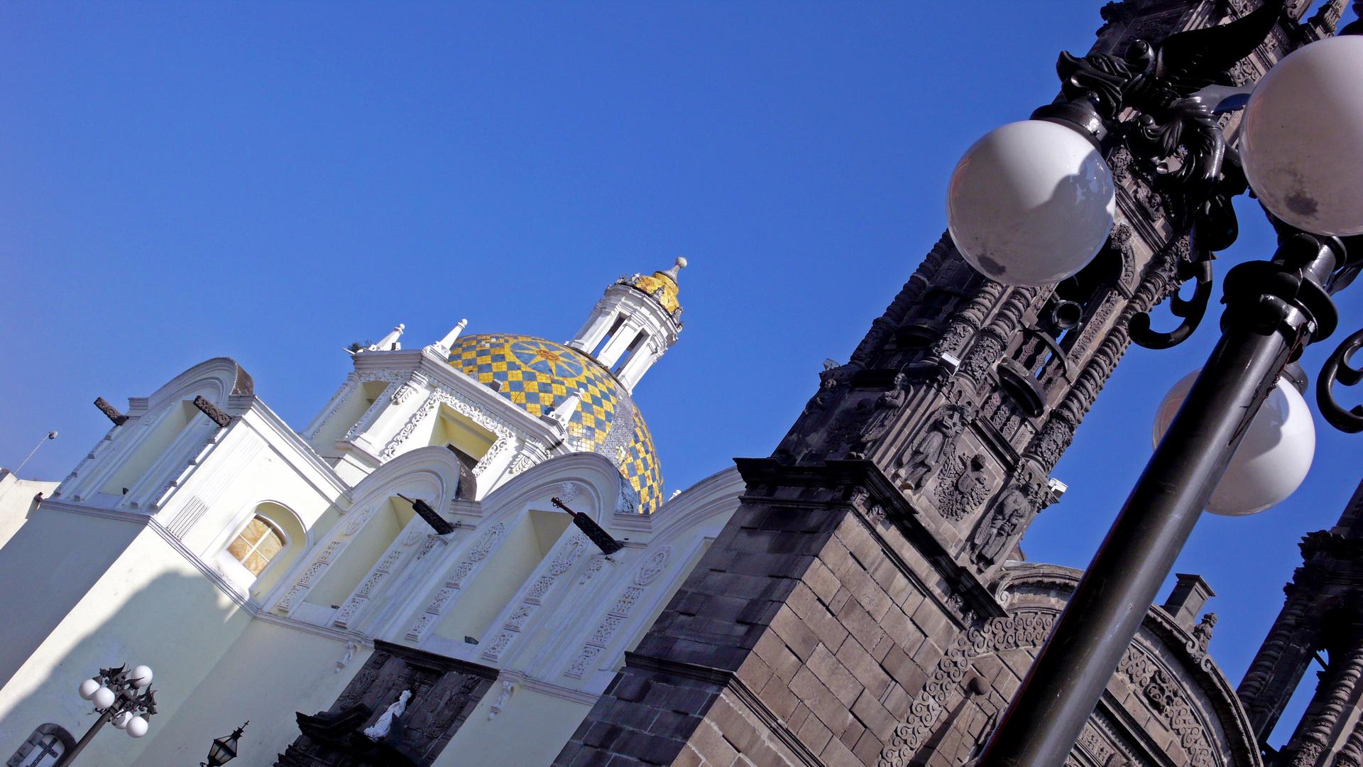 Iglesia, una de las 365 de Puebla