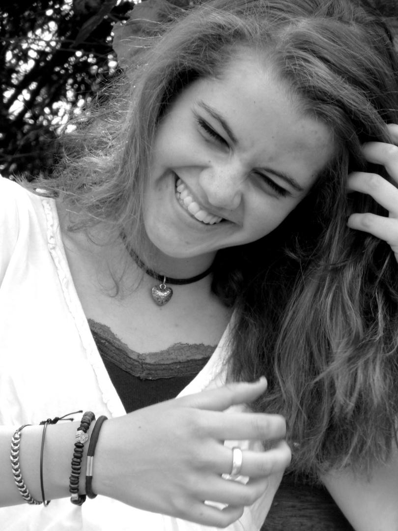 Ihr Lachen bringt die Welt zum Strahlen