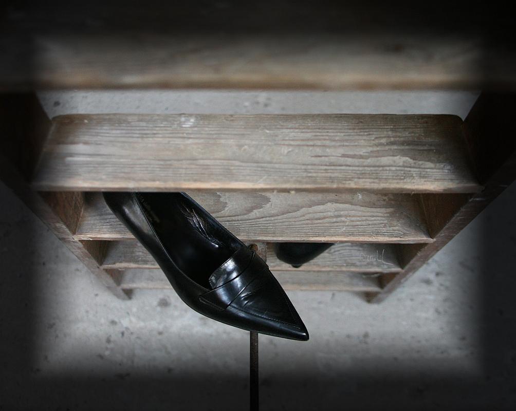Ihre Schuhe...