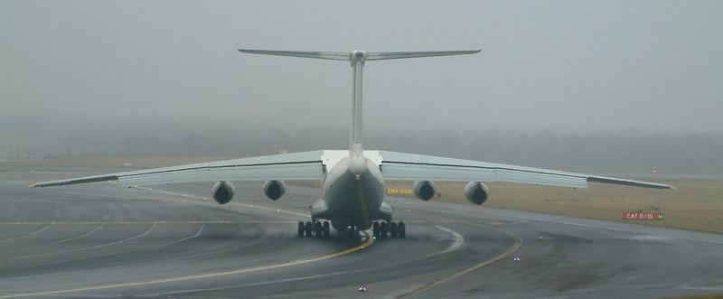 IL-76T der JET LINE INTERNATIONAL,  Reg.ER-IBF