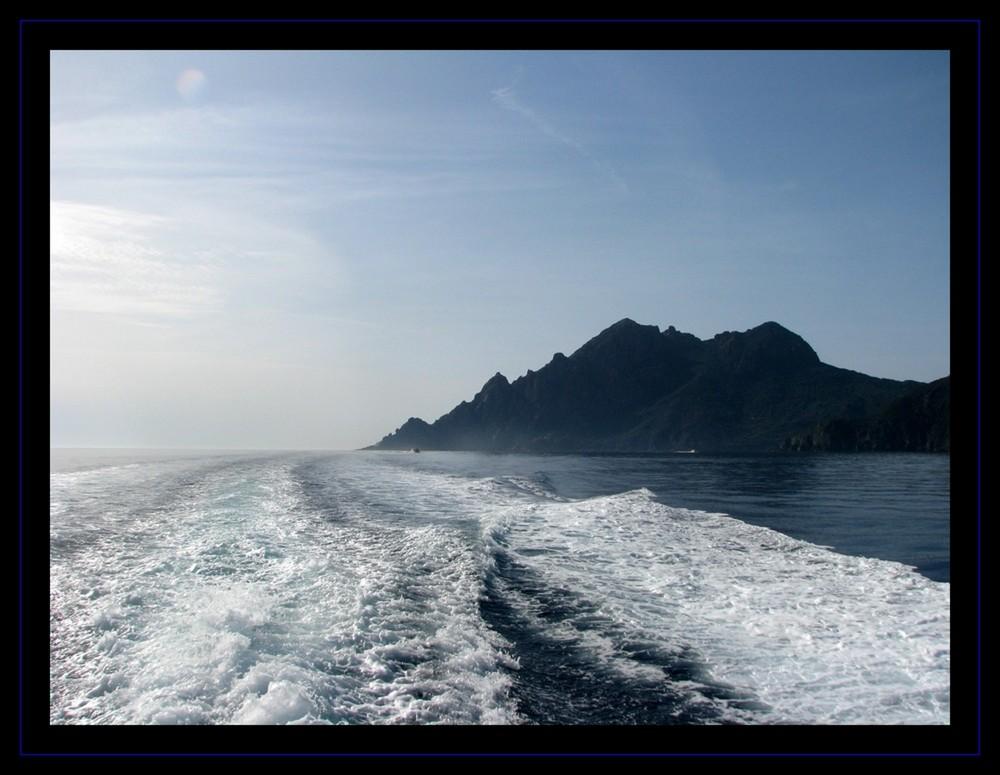 il addio alle isole