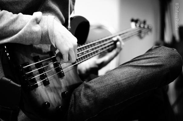 .. il bassista ...