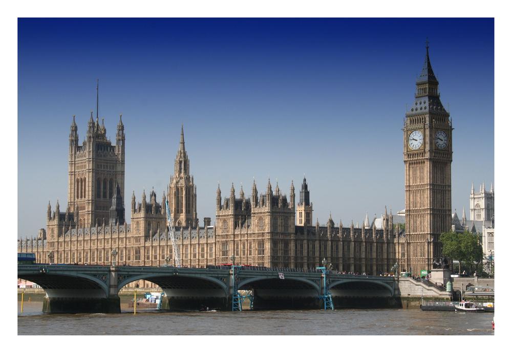 Il big ben ed il palazzo del parlamento a londra foto for Foto del parlamento