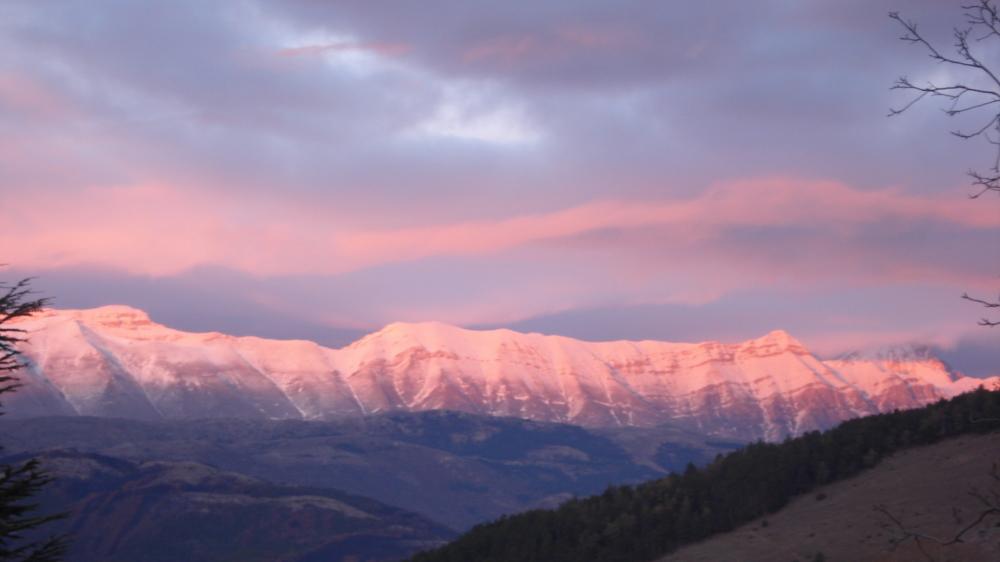 Il cielo e la montagna