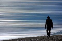 Il mare alle spalle