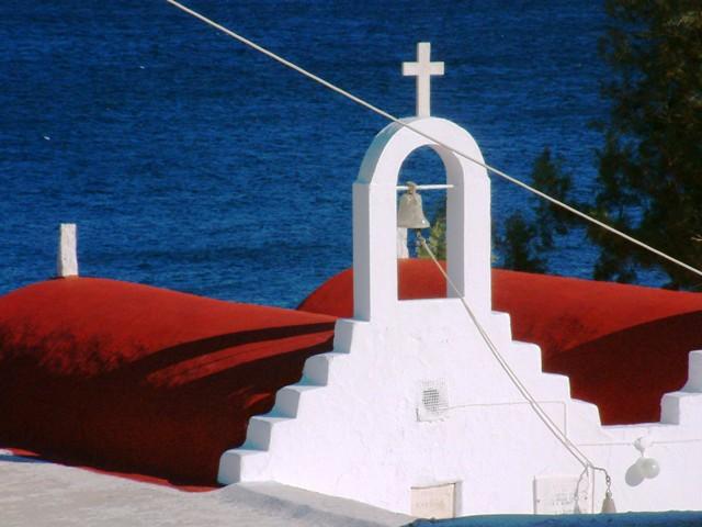il mare...la chiesa...la natura